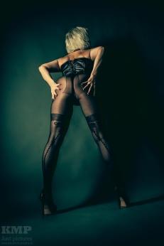 Nina (MissLadyShot)